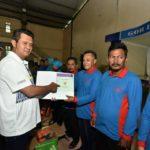 Bupati Bintan Serahkan Sertifikat Tanah Gratis Ke 1.006 Warga Kelurahan Kijang Kota